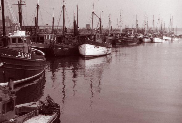 Fleetwood trawlers queuing